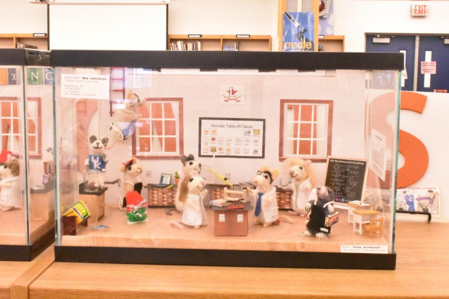 Another angle of the diorama, where you can see the mice-teachers in a science room, performing their science teacher tasks.