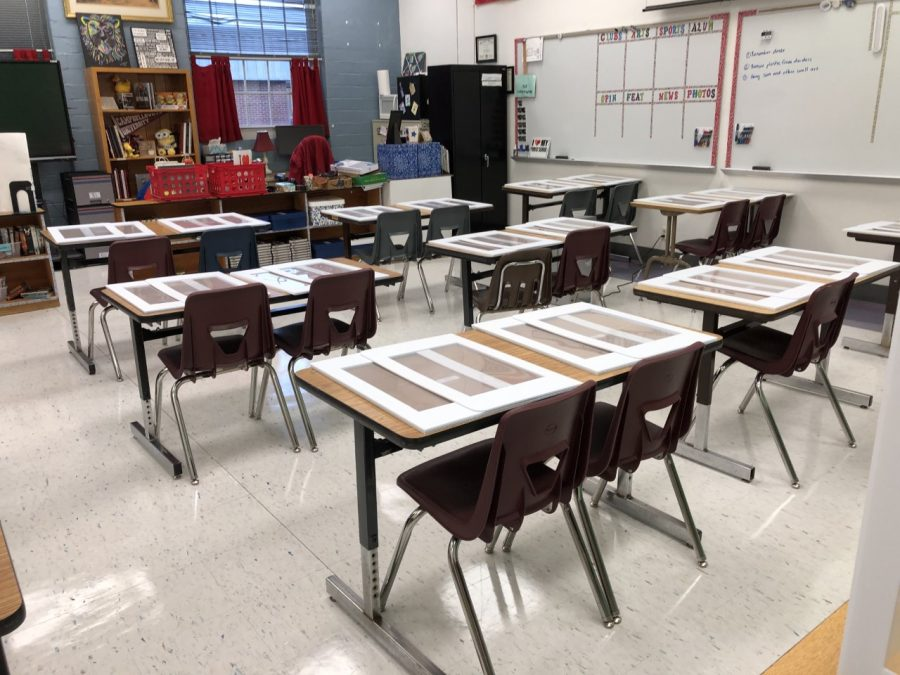 Lexington%2C+KY.+Mrs.+McPherson%27s+classroom+at+Lafayette+shows+how+teachers+have+spaced+desks%2Ftables+out+to+provide+as+much+social+distancing+as+possible.